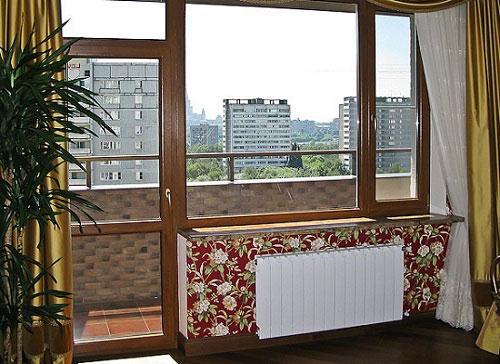 Балконный блок с поворотно-откидной дверью