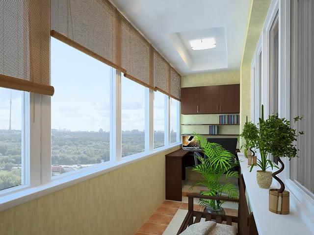 Утеплив балкон, можно сделать из него еще одну комнату