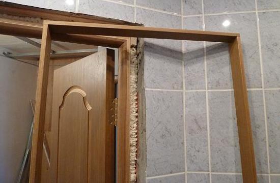 Установка межкомнатных дверей своими руками доборы