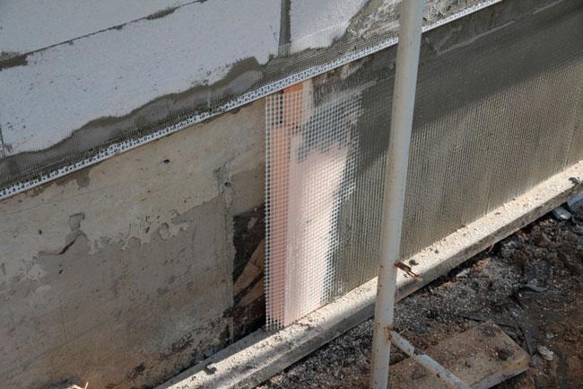 Оштукатуривание стен из газобетона снаружи