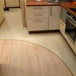 Плитка и паркет на кухне