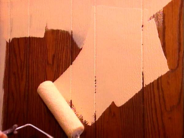Вагонку нужно покрасить так, чтобы она прослужила как можно дольше