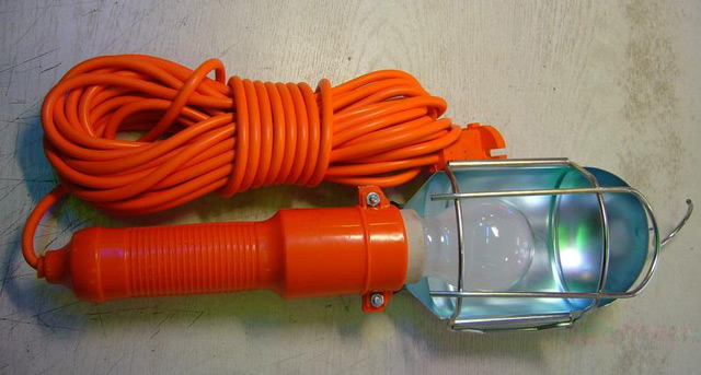 Лампа-переноска поможет определить все неровности