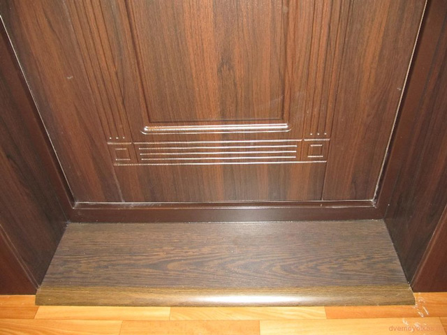 Порог у входной двери своими руками видео