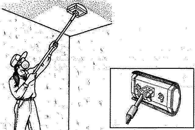 Зашкуривание потолка с помощью шарнирной щётки