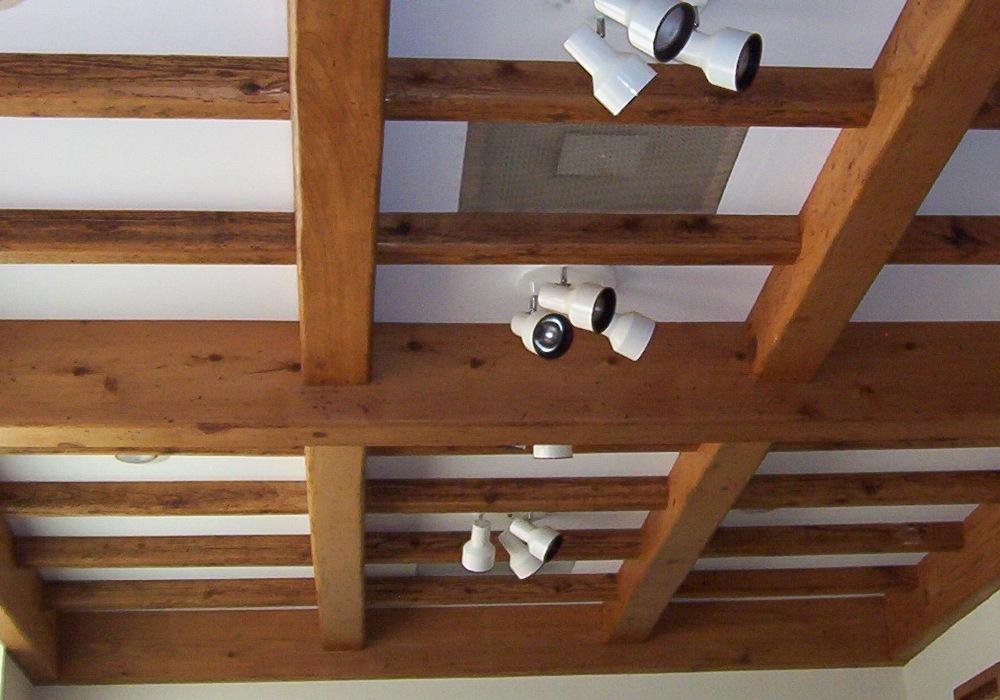 Балки для потолка своими руками 32