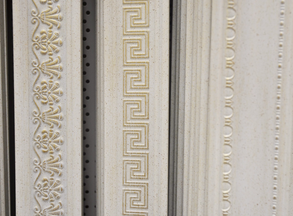 Потолочные галтели из полиуретана