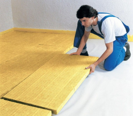 Как утеплить пол в квартире своими руками недорого