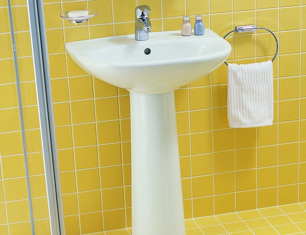 Раковина в ванную на ножке