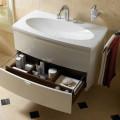 Тумба с принадлежностями для ванной