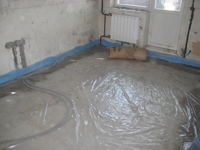 В квартире для предотвращения скопления влаги закладывают гидроизоляцию