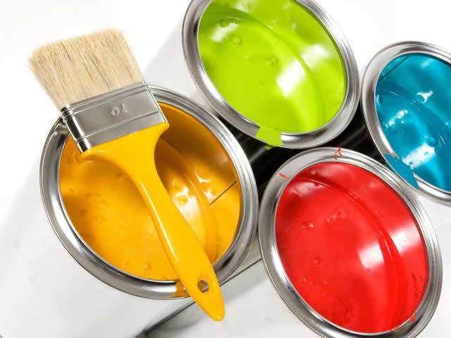 Быстрее всего на деревянном полу высохнет эмалевая краска