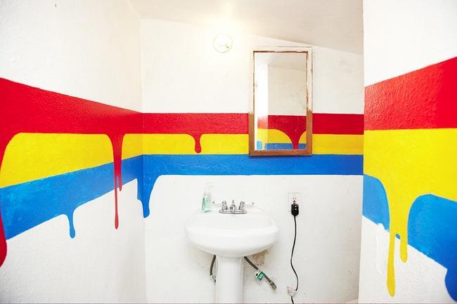 Если Вы решили покрасить стены в ванной, то внимательно отнеситесь к подбору краски