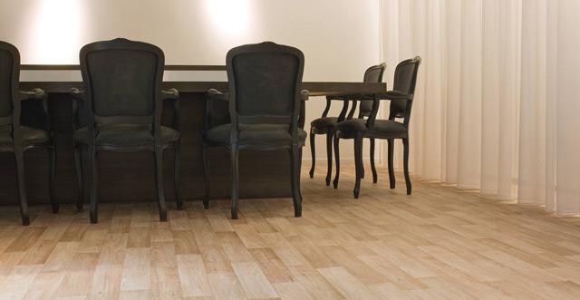 Линолеум зарекомендовал себя как практичное и красивое напольное покрытие