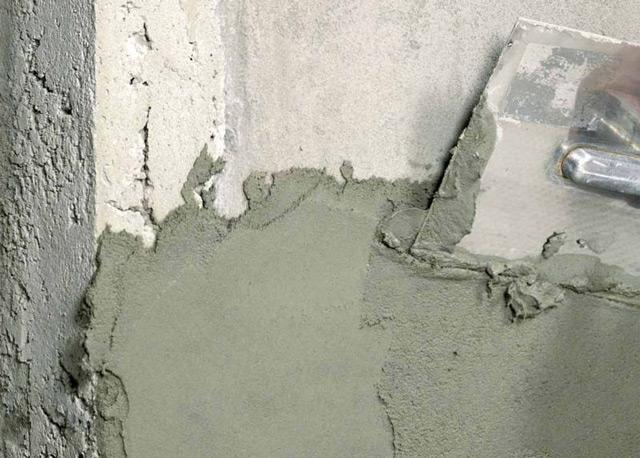 Оштукатуривание бетонной поверхности цементным раствором бетон корундовый
