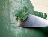 Если старый слой краски тонкий, его снимать полностью не надо