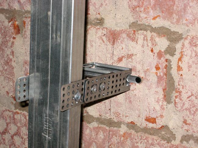 Монтаж стенового каркаса для гипсокартона