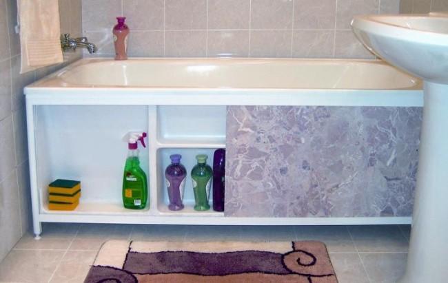 Экран под ванную может сочетать в себе эстетические и практические качества
