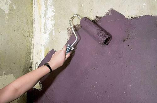После окрашивания недочёты на стенах будут более заметны