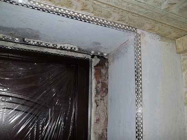 Гипсокартон эффективен, когда боковая стена имеет неровности