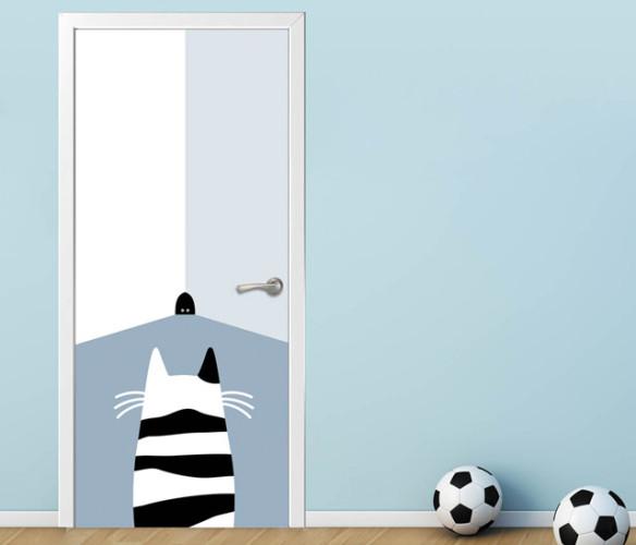 Самоклеящаяся плёнка на двери