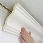 Как крепить багет на потолок