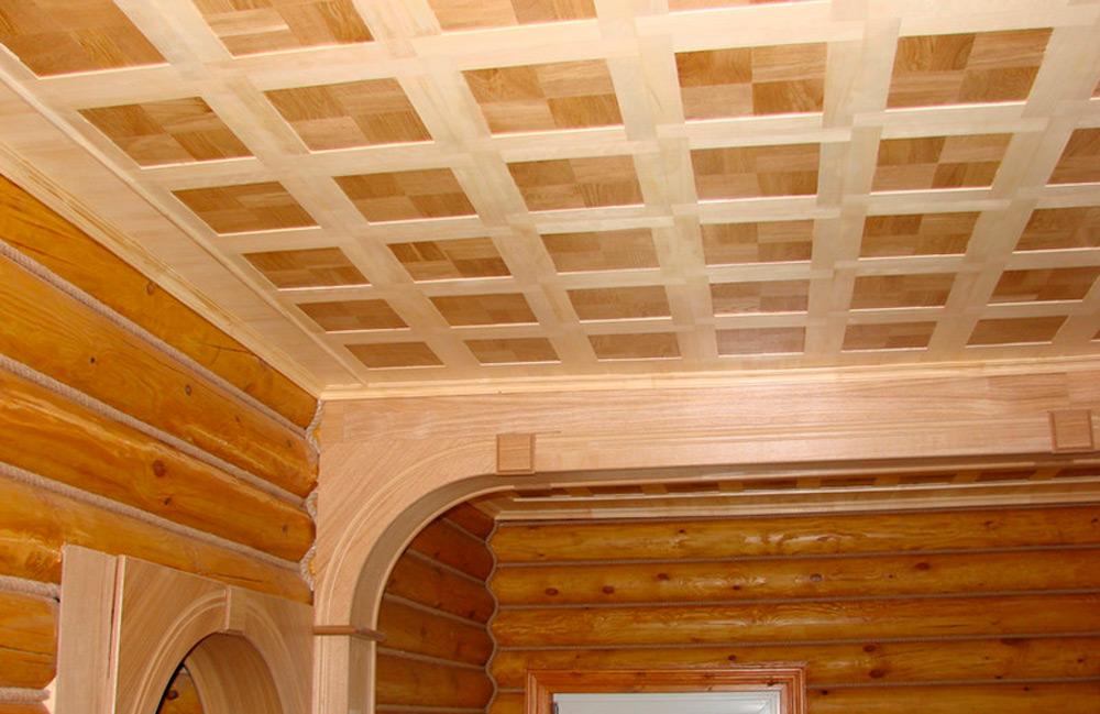Деревянный потолок из фанеры
