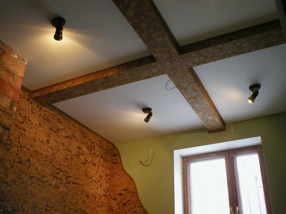 Декоративный пробковый потолок