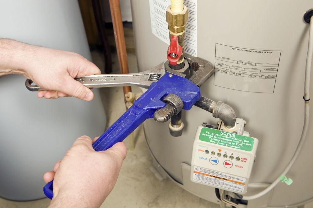 Устанавливаем электрический водонагреватель