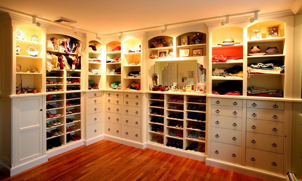 Обустройство гардеробного шкафа