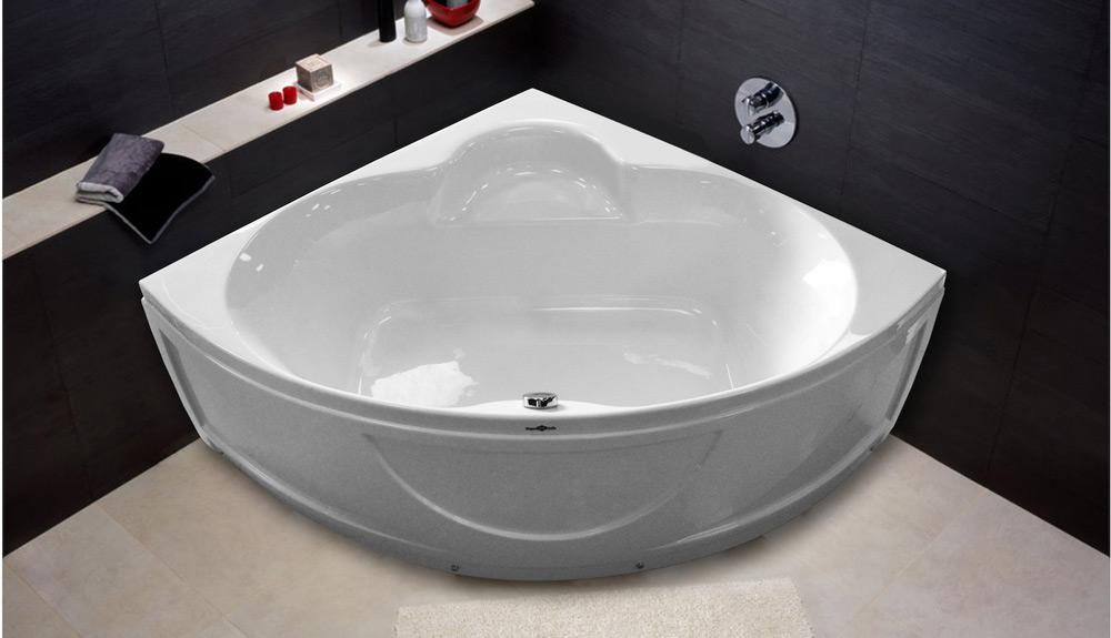 Треугольная ванна