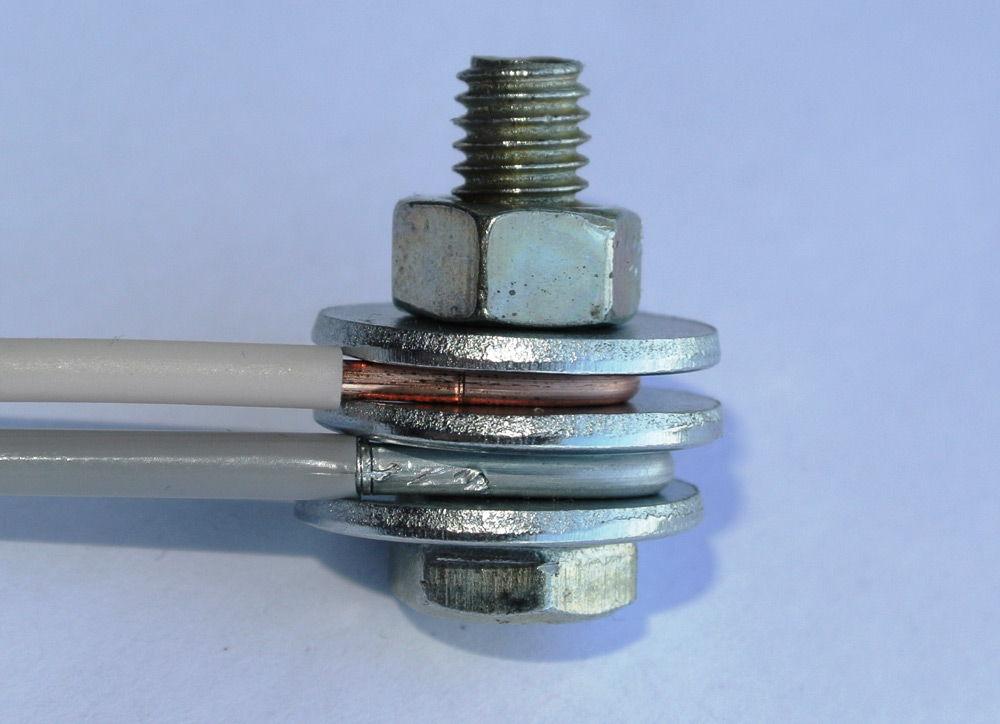 Болтовое соединение проводов