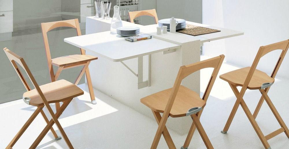 Складная мебель в столовой зоне