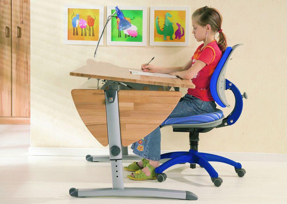 Удобный стол и стул