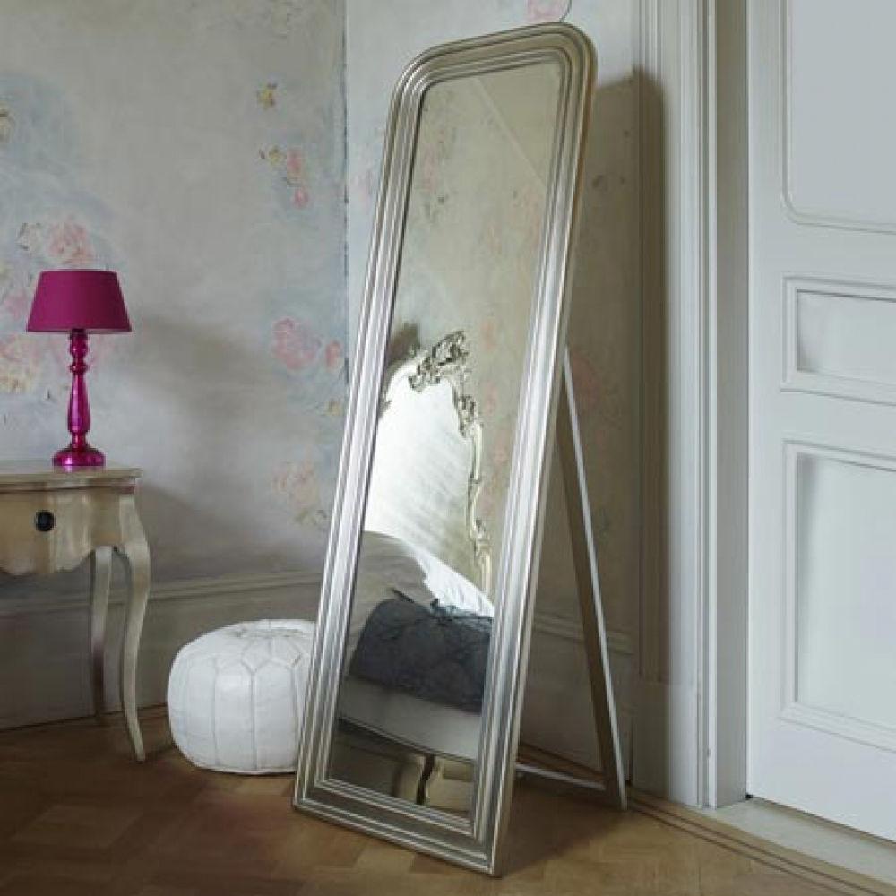 Напольные зеркала в интерьере