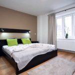 Просторная спальня в эко-стиле