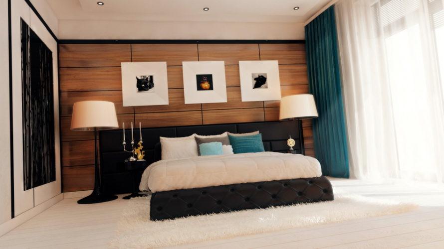 Стильная спальня в современном стиле с изумрудными шторами