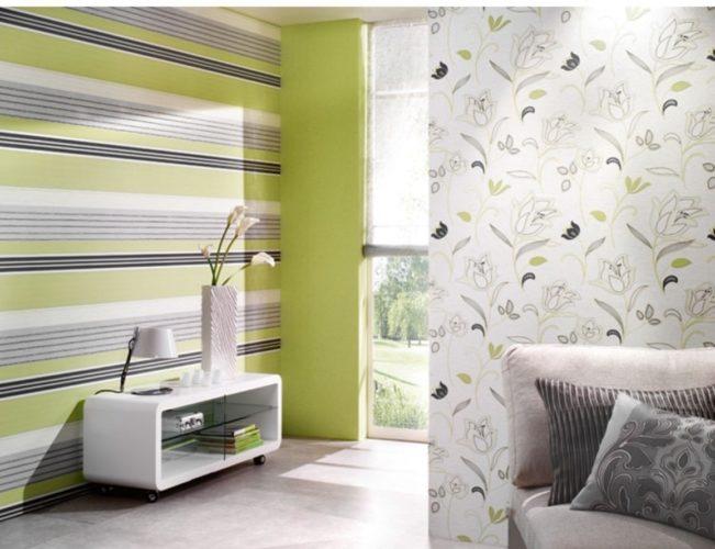 Комбинирование обоев зеленых оттенков в гостиной