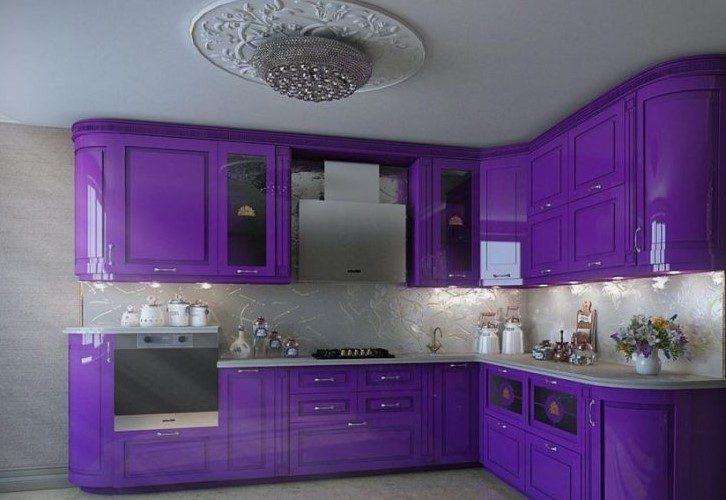 Интерьер кухни в фиолетовых тонах