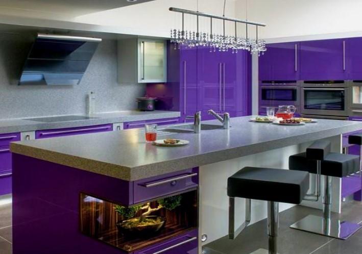 Кухня в фиолетовых тонах