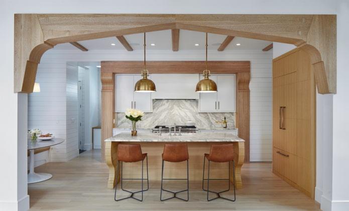 Необычная арка в интерьере кухни-столовой