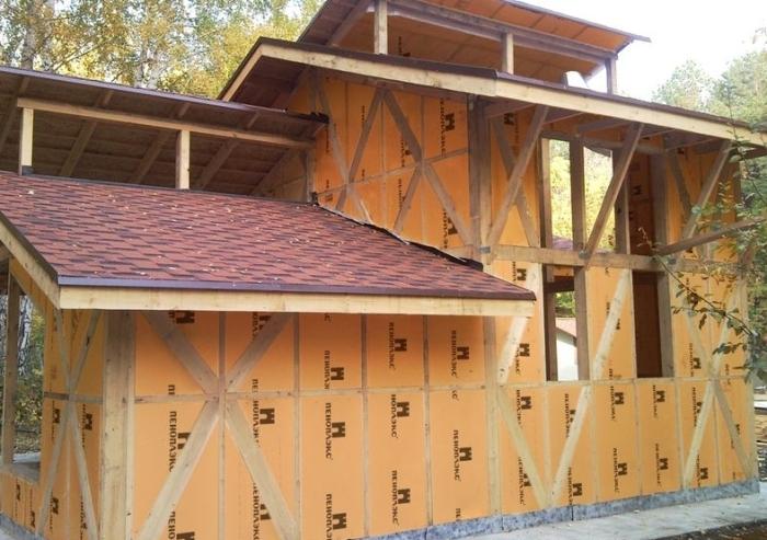 Обшивка стен деревянного дома пеноплексом снаружи