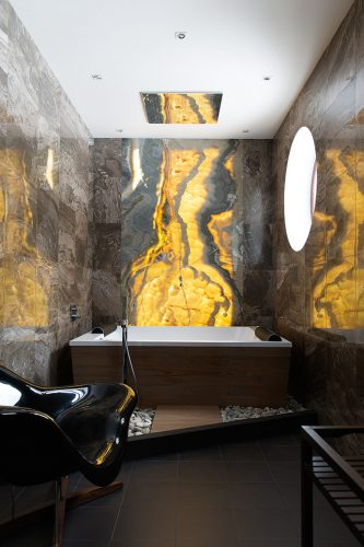 Ванная комната в доме Димы Билана