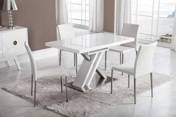 Пластиковый кухонный стол
