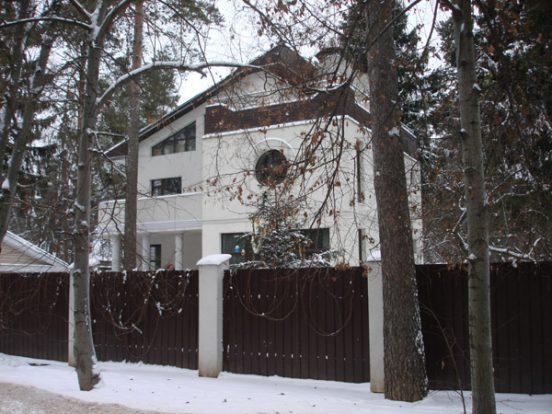 Где живёт Андрей Макаревич