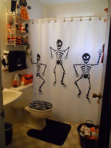 Ванная в стиле Хэллоуина