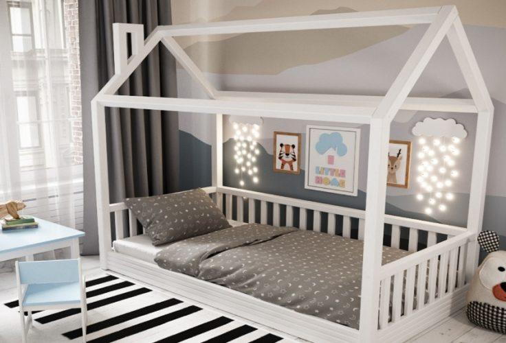 Кроватка-домик для детской комнаты
