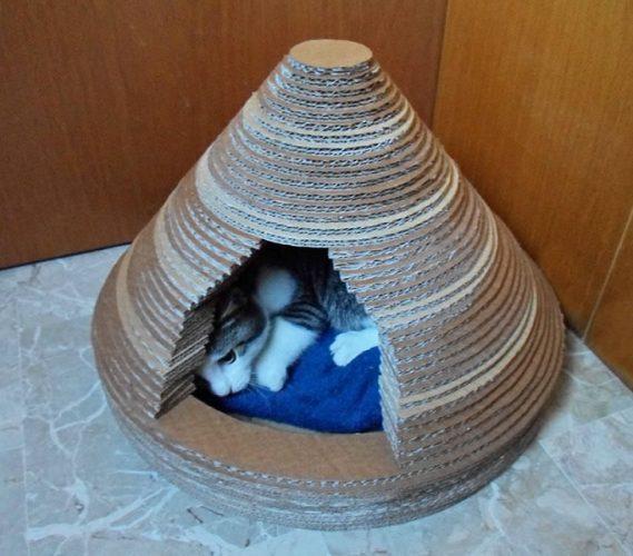 Готовый домик из картона