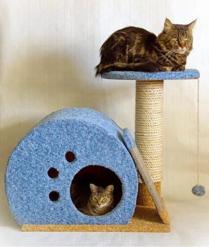 Домик из дерева для кошки