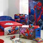 Комната с изображениями человека-паука